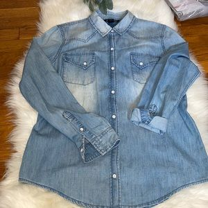 victoria's secret shirt  SIZE S new without tag